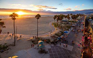 H παραλία Venice την ώρα του δειλινού. (Φωτογραφία: Getty Images/Ideal Image)