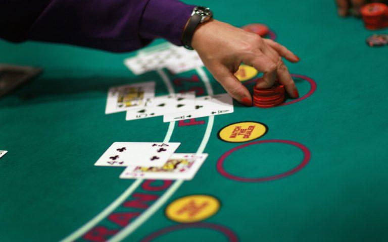 Τη διοίκηση του καζίνο Ρίου διεκδικούν οι απλήρωτοι εργαζόμενοι