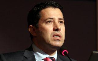 Σύμφωνα με πληροφορίες της «Κ», τον καθηγητή της Σχολής Δημόσιας Υγείας κ. Νίκο Μανιαδάκη (φωτ.) επιβαρύνει η κατάθεση του «Μάξιμου Σαράφη».
