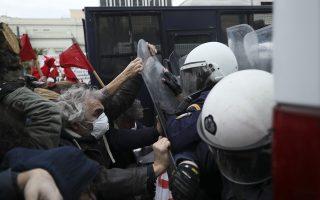 entasi-stin-poreia-ekpaideytikon-sto-syntagma0