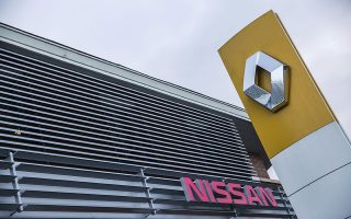 Oι διοικήσεις των Renault και Νissan ετοιμάζονται σήμερα να συναντηθούν πρώτη φορά με τη νέα τους σύνθεση μετά τη σύλληψη του Κάρλος Γκοσν.