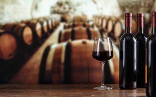 Σημαντικό ρόλο στην αύξηση της ζήτησης και της αναγνωρισιμότητας του εγχώριου κρασιού στο εξωτερικό έχει διαδραματίσει η άνοδος της ελληνικής γαστρονομίας, αλλά και του τουρισμού.