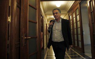 Ο υπουργός Εργασίας Πάνος Σκουρλέτης προσέρχεται στην συνεδρίαση του Κυβερνητικού Συμβουλίου στην Βουλή, Τρίτη 24 Φεβρουαρίου 2015. ΑΠΕ-ΜΠΕ/ΑΠΕ-ΜΠΕ/ΑΛΕΞΑΝΔΡΟΣ ΒΛΑΧΟΣ