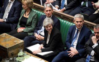 brexit-enischyei-ti-diapragmateytiki-tis-omada-pros-tin-ee-i-mei-amp-8211-etoimazetai-na-synantisei-ton-kormpin0