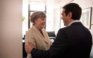 tsipras-merkel-prespes-prosfygiko-kai-oikonomia-stin-atzenta0