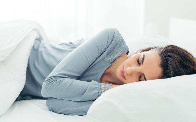Πρώιμη ένδειξη για Αλτσχάιμερ ο κακός ύπνος