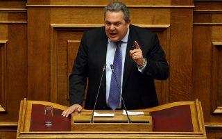 Πολλοί θεωρούν ότι ο ευρισκόμενος σε δεινή δημοσκοπική θέση πρόεδρος των ΑΝΕΛ θα συνεχίσει τις επιθέσεις.