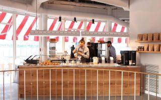Το καφέ The Barn, στον χώρο όπου στεγαζόταν το ιστορικό café Kranzler.