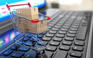 Ο αριθμός των καταναλωτών που πραγματοποιούν ηλεκτρονικές αγορές στην Ελλάδα βαίνει διαρκώς αυξανόμενος. Σύμφωνα με στοιχεία της ΕΛΣΤΑΤ, το ποσοστό των ατόμων ηλικίας 16-74 ετών που έχουν χρησιμοποιήσει το Διαδίκτυο έστω και μία φορά για την αγορά προϊόντων ή υπηρεσιών από 26,9% το 2012 διαμορφώθηκε το 2018 σε 40,2%.