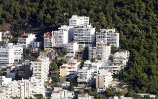 Η Blueground μισθώνει επιλεγμένα διαμερίσματα σε δημοφιλείς περιοχές στην Ελλάδα και στο εξωτερικό, τα οποία επιπλώνει και εξοπλίζει πλήρως μετατρέποντάς τα σε διαμερίσματα υψηλής ποιότητας.