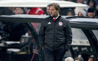 Ο Μαρτίνς είδε το προπονητικό κέντρο να αδειάζει λόγω των προκριματικών του Euro 2020.