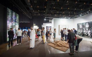 Μια διεθνή εικόνα της σύγχρονης εικαστικής σκηνής παρουσιάζει στο παγκόσμιο κοινό του το Art Dubai, που δέχεται ετησίως περίπου 30.000 επισκέπτες.