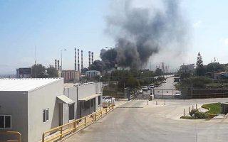 Η φωτιά στο εργοστάσιο της ΔΕΗ στα Λινοπεράματα Ηρακλείου άφησε χωρίς ρεύμα χθες μεγάλο μέρος της Κρήτης.