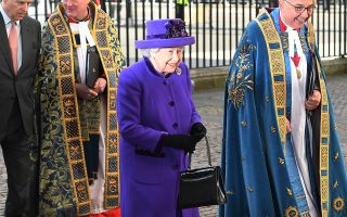 epa07429165 Britain's Elizabeth II arrives to a Commonwealth service at Westminster Abbey in London, Britain, 11 March 2019. The Commonwealth represents a global network of 53 countries and almost 2.4 billion people, a third of the world's population, of whom 60 percent are under 30 years old.  EPA/FACUNDO ARRIZABALAGA