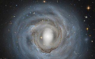 ellines-epistimones-ekanan-tin-proti-metrisi-toy-magnitikoy-pedioy-toy-galaxia-mas0
