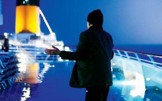 Τρία χρόνια μετά τα γυρίσματα της ταινίας του Γκοντάρ στο «Costa Concordia», το κρουαζιερόπλοιο ναυάγησε.