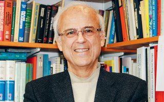Ο επί 34 χρόνια καθηγητής στο Τεχνολογικό Ινστιτούτο της Μασαχουσέτης και διευθυντής του Εργαστηρίου Βιοπληροφορικής και Μεταβολικής Μηχανικής του ΜΙΤ, με 450 δημοσιεύσεις και 50 διπλώματα ευρεσιτεχνίας κ. Γρηγόρης Στεφανόπουλος.