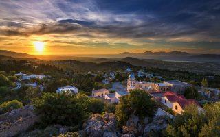 Αγνάντι από το ορεινό χωριό Ασώματος. (Φωτογραφία: ΓΙΩΡΓΟΣ ΠΑΠΑΠΟΣΤΟΛΟΥ/SHUTTERSTOCK)