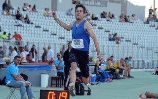 Ο Μίλτος Τεντόγλου (ΓΕ Γρεβενών) σε μία προσπάθειά του που πήρε την πρώτη θέση στο μήκος με 8.30μ, κατά τη διάρκεια της 2ης ημέρας του πρωταθλήματος, Κυριακή 18 Ιουνίου 2017. Ξεκίνησε χθες στο Παμπελοποννησιακό στάδιο της Πάτρας το πανελλήνιο πρωτάθλημα ανδρών-γυναικών. Οι κορυφαίοι Έλληνες αθλητές συμμετέχουν στο 103ο Πρωτάθλημα Ανδρών και στο 83ο Γυναικών. ΑΠΕ-ΜΠΕ/ΑΠΕ-ΜΠΕ/ΓΙΩΤΑ ΚΟΡΜΠΑΚΗ