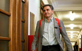 Ο υπουργός Οικονομικών Ευκλείδης Τσακαλώτος επιβεβαίωσε ότι σχεδιάζονται ρυθμίσεις για τα ληξιπρόθεσμα χρέη προς την εφορία και τα Ταμεία.