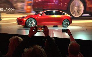 Η συνεργασία Fiat Chrysler και Tesla αποτελεί την πρώτη μεταξύ δύο αυτοκινητοβιομηχανιών, που χωρίς καμία προηγούμενη σχέση προχωρούν σε αγοραπωλησία ρύπων ως «στρατηγική συμμόρφωσης, η οποία είναι βιώσιμη εμπορικά».