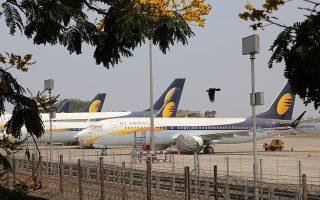 Η Jet Airways ήταν κάποτε η μεγαλύτερη αεροπορική εταιρεία της Ινδίας. Σήμερα διαθέτει μόλις επτά αεροσκάφη, όταν τον περασμένο Δεκέμβριο ο στόλος της αριθμούσε 123 αεροπλάνα.