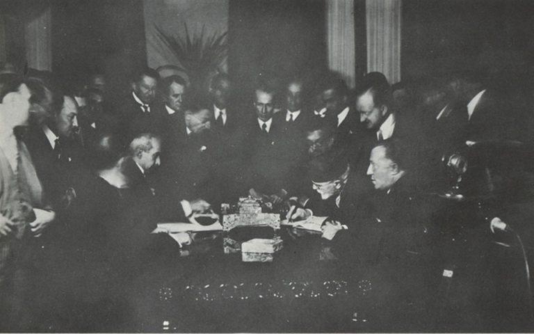 100 Χρόνια «Η Καθημερινή»: Ενας αιώνας με ένα κλικ – 1930: Σύμφωνο Ελληνοτουρκικής Φιλίας