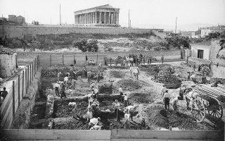 Στιγμιότυπο από τις ανασκαφές της Αρχαίας Αγοράς (Αμερικανική Σχολή Κλασικών Σπουδών, Αρχείο Ανασκαφών Αγοράς, Αθήνα)