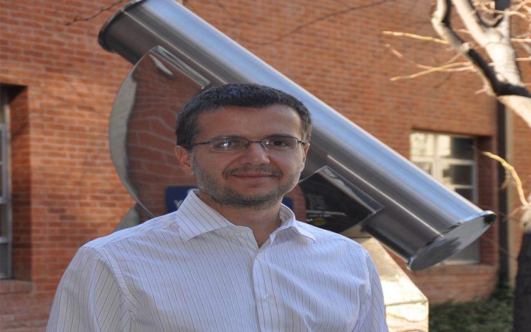 Ο κομβικός ρόλος του Ελληνα αστροφυσικού Δημήτρη Ψάλτη στη φωτογράφιση της μαύρης τρύπας