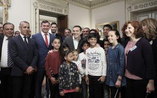 o-al-tsipras-me-ekprosopoys-ellinon-roma-den-yparchoyn-polites-protis-deyteris-i-tritis-katigorias-fotografies0