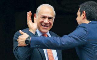 Σε συνέντευξή του στην «Κ», ο κ. Γκουρία εκτίμησε ότι για τους υψηλούς φόρους ευθύνεται, όχι η ακολουθούμενη πολιτική της κυβέρνησης Τσίπρα, αλλά η φοροδιαφυγή. Ωστόσο, οι υπηρεσίες του ΟΟΣΑ σημειώνουν ότι ακριβώς η υψηλή φορολογία είναι εκείνη που ευνοεί τη φοροδιαφυγή...AP/Petros Giannakouris