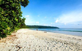 H παραλία Radhanagar είναι από τις πιο δημοφιλείς του νησιού. (ΦΩΤΟΓΡΑΦΙΑ: ΓΙΑΝΝΗΣ ΧΑΤΖΗΙΩΑΝΝΟΥ / g_chatzi22)