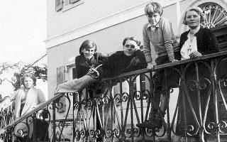 Η οικογένεια Ντάρρελ στην Κέρκυρα, 1936.