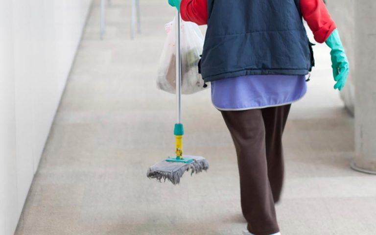 Ιωάννινα: Τρια χρόνια με αναστολή στην καθαρίστρια με πλαστή ημερομηνία στο απολυτήριο δημοτικού