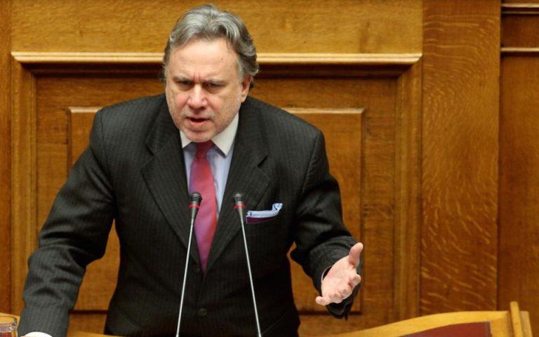 Γ. Κατρούγκαλος: Τα έγγραφα που εμφάνισε ο κ. Καμμένος θα διαβιβαστούν άμεσα στον αρμόδιο εισαγγελέα