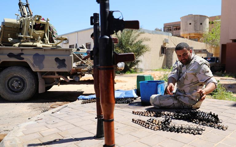 Συνεχίζεται η προέλαση του στρατάρχη Χάφταρ στην Τρίπολη
