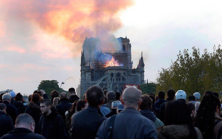Γ. Δερτιλής: «Σαν να καίγεται το Αγιον Ορος»