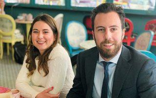 Οι δύο νεότεροι υποψήφιοι στην κάλπη των ευρωεκλογών με τον ΣΥΡΙΖΑ και τη Ν.Δ., Ελευθερία Αγγέλη και Θοδωρής Καλαμπόκης, φιλοδοξούν να πείσουν, να κινητοποιήσουν και, προφανώς, να ψηφιστούν από νέες και νέους.