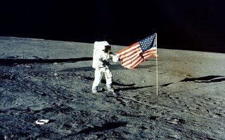 Ο Πιτ Κόνραντ, επικεφαλής της αποστολής «Apollo 12», πάτησε στην επιφάνεια της Σελήνης τον Νοέμβριο του 1969.