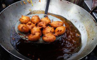 Κατακόρυφη αύξηση παρουσιάζει η εσωτερική ατμοσφαιρική ρύπανση εξαιτίας πρακτικών όπως είναι το τηγάνισμα των φαγητών.