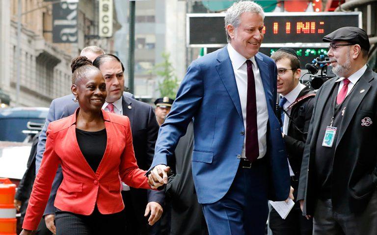 Το χρίσμα διεκδικεί ο δήμαρχος της Νέας Υόρκης