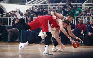Οι «ανεπιθύμητοι» για τον Ολυμπιακό διαιτητές, Αναστόπουλος και Παναγιώτου, κληρώθηκαν για το ντέρμπι της Δευτέρας και πλέον αναμένεται με ενδιαφέρον η στάση που θα κρατήσουν οι «ερυθρόλευκοι».