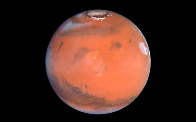 Νέα ανακάλυψη σημαντικών αποθεμάτων νερού σε μορφή πάγου στον Αρη