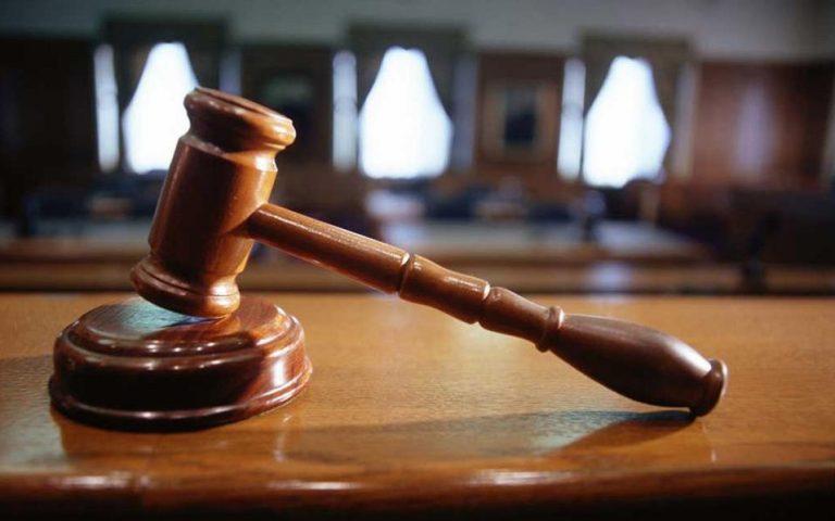 Αντώνης Μανιτάκης: «Καταδολίευση του Συντάγματος»