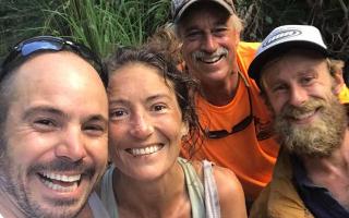 Η Αμάντα Ελέρ εμφανίζεται χαμογελαστή μετά τον εντοπισμό της από διασώστες