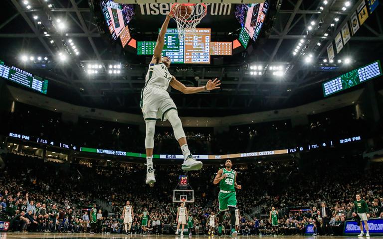 NBA: Στους τελικούς της Ανατολής οι Μπακς του Γιάννη (βίντεο)