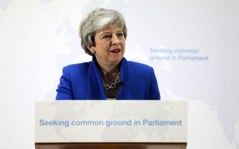 Brexit: Ρήτρα για δεύτερο δημοψήφισμα στη νέα Συμφωνία Αποχώρησης της Μέι