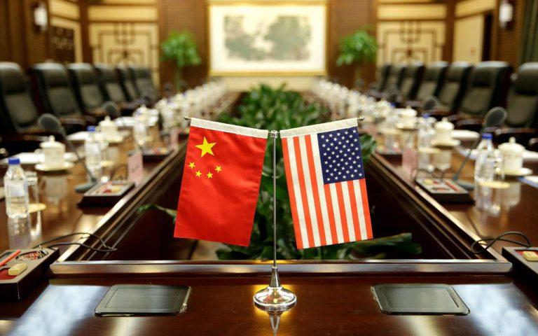 Την κόντρα Κίνας – ΗΠΑ «πληρώνουν» ξένες εταιρείες
