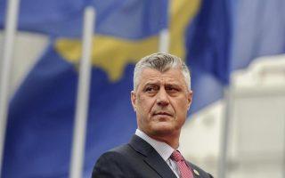 «Αν η ΕΕ συνεχίσει να απομονώνει το Κόσοβο, θα εξετασθεί η δυνατότητα θεσμικών ενεργειών ή δημοψηφίσματος για την ένωση με την Αλβανία», δήλωσε ο προεδρος του Κοσόβου, Χασίμ Θάτσι.
