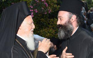 o-episkopos-christoypoleos-makarios-neos-archiepiskopos-aystralias0